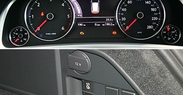 2013 Volkswagen Touareg 3.0 TDI BlueMotion R-Line  第10張相片