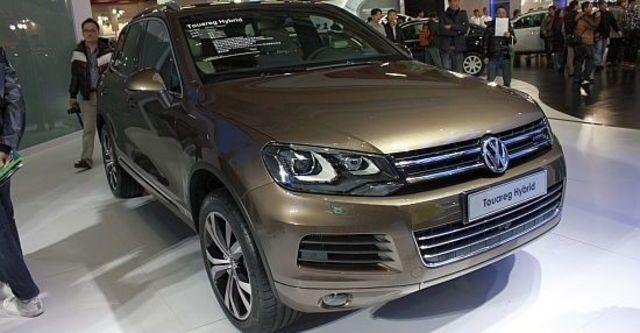 2013 Volkswagen Touareg Hybrid  第1張相片