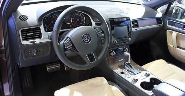 2013 Volkswagen Touareg Hybrid  第11張相片
