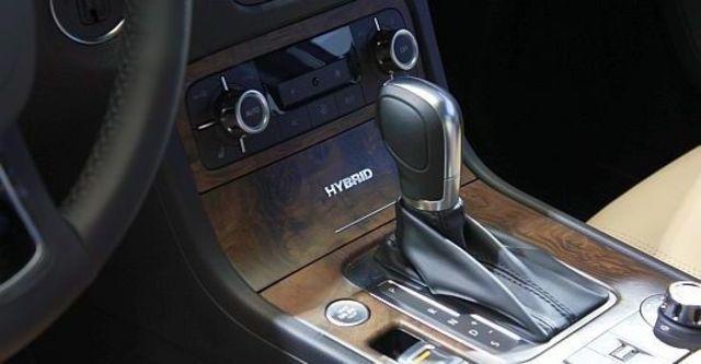 2013 Volkswagen Touareg Hybrid  第12張相片
