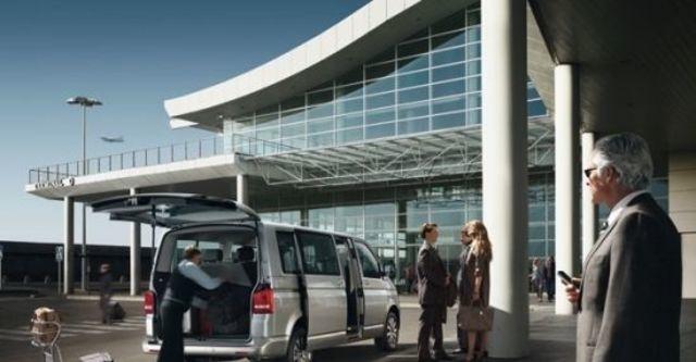 2012 Volkswagen Caravelle 2.0 TDI尊榮版  第5張相片