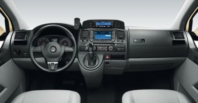 2012 Volkswagen Caravelle 2.0 TSI LWB雙滑門版  第6張相片