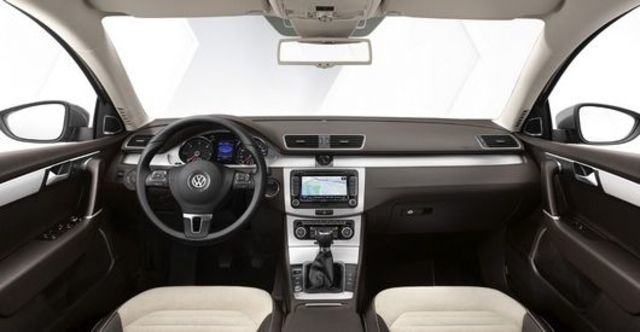 2012 Volkswagen Passat Variant 1.8 TSI  第5張相片