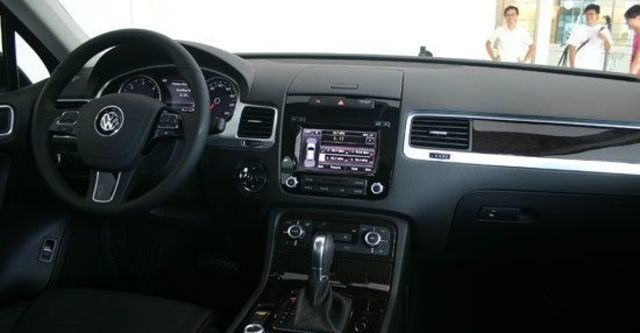 2012 Volkswagen Touareg 3.0 TDI BlueMotion  第4張相片