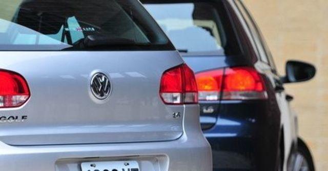 2010 Volkswagen Golf 1.6 TDI CL  第13張相片