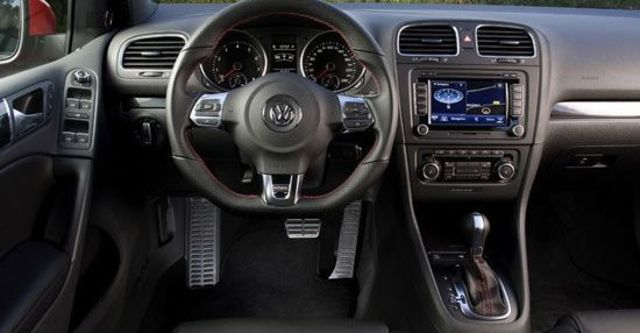 2010 Volkswagen Golf GTI  第6張相片