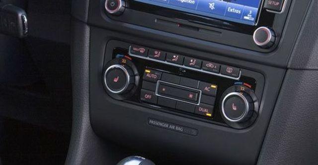 2010 Volkswagen Golf GTI  第7張相片