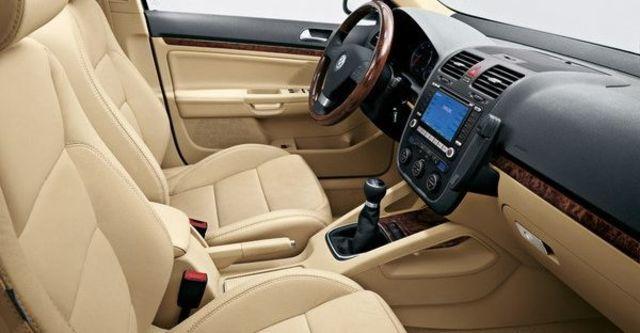 2010 Volkswagen Jetta 2.0 TDI  第4張相片
