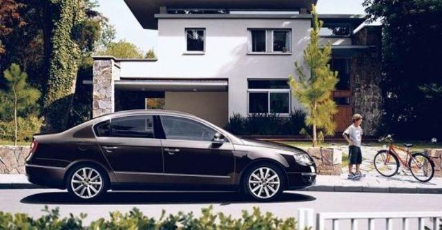2010 Volkswagen Passat Sedan 1.8 TSI  第3張相片