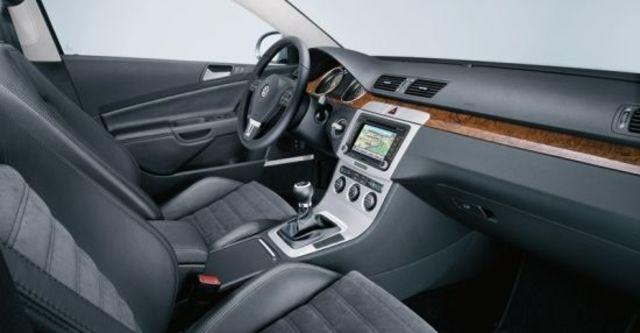 2010 Volkswagen Passat Sedan 1.8 TSI  第5張相片