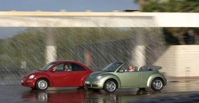 2009 Volkswagen New Bettle 1.6  第6張相片