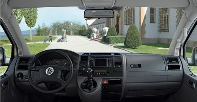 2009 Volkswagen T5 Caravelle 1.9 TDI SWB  第8張相片