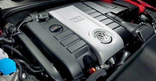 2008 Volkswagen Golf GTI 3D  第8張相片