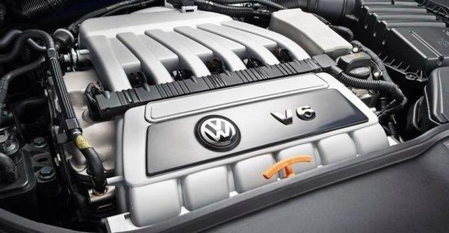 2008 Volkswagen Golf R32 5D  第8張相片