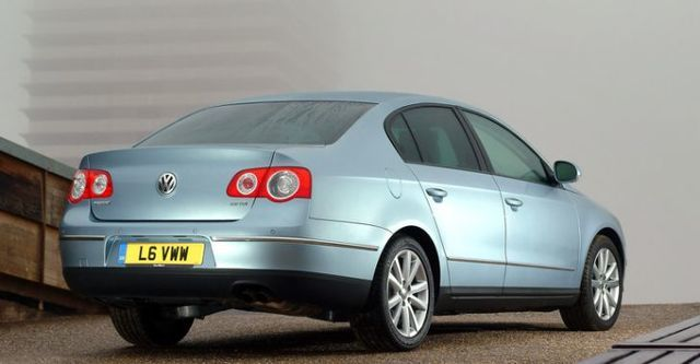 2008 Volkswagen Passat 3.2 V6  第3張相片