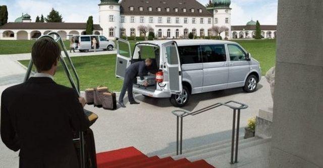 2008 Volkswagen T5 Shuttle LWB 1.9 TDI  第9張相片