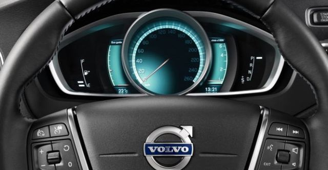 2015 Volvo V40 Cross Country D2豪華版  第10張相片
