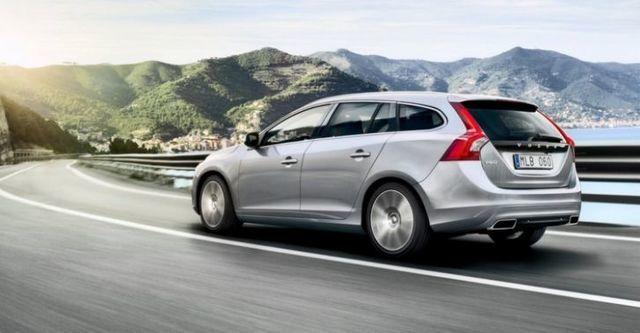 2015 Volvo V60 D4 旗艦版  第3張相片