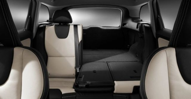 2015 Volvo XC60 T5 R-Design  第9張相片