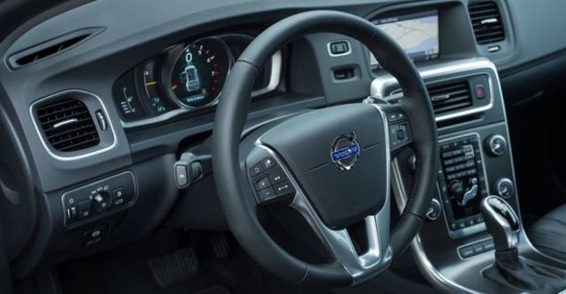 2014 Volvo V60 D4 旗艦版  第5張相片