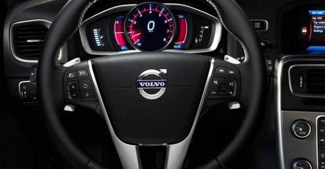 2014 Volvo V60 D4 旗艦版  第8張相片
