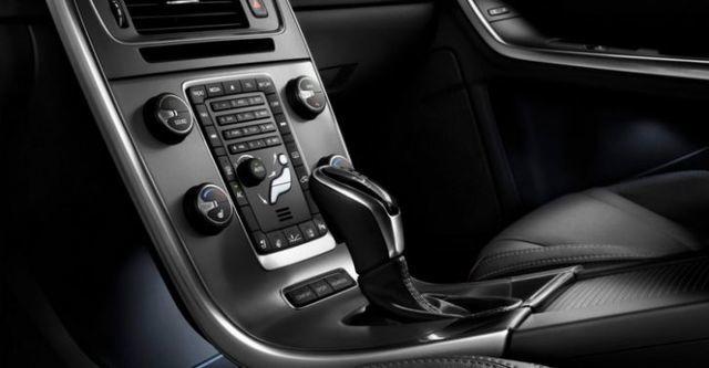 2014 Volvo V60 D4 旗艦版  第9張相片