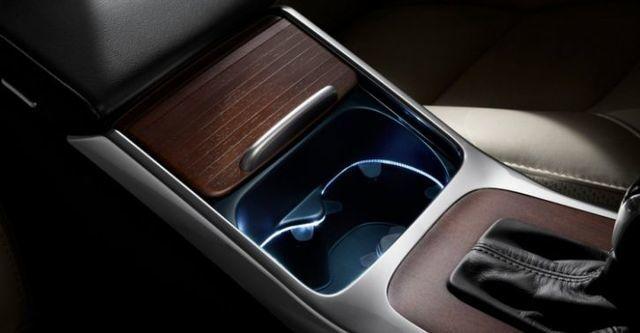 2014 Volvo XC70 D5 豪華版  第10張相片