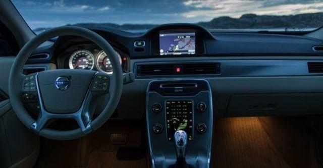 2013 Volvo S80 D5 旗艦版  第4張相片