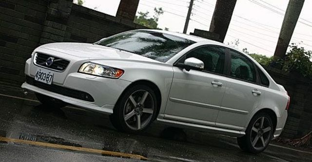 2012 Volvo S40 D4 R-Design  第2張相片