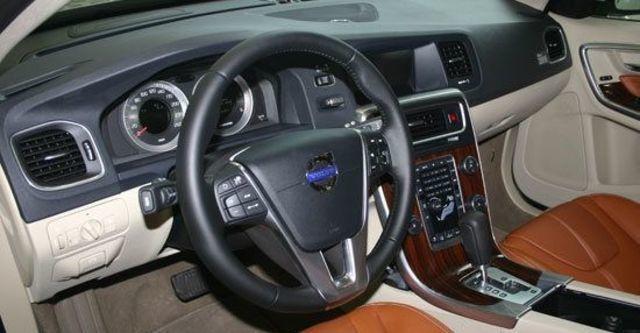2012 Volvo V60 D3豪華版  第4張相片