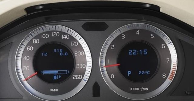 2010 Volvo S80 D5 旗艦版  第8張相片