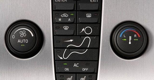 2010 Volvo V50 2.0  第5張相片