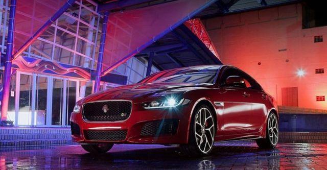 2015 Jaguar XE S  第1張相片