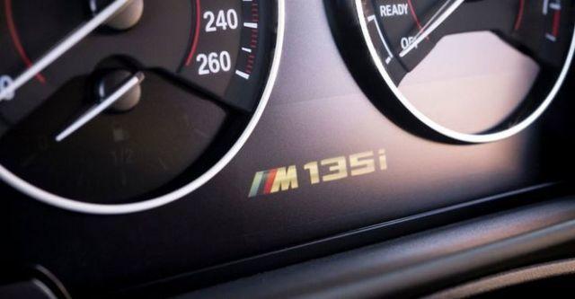 2016 BMW 1-Series M135i  第9張相片
