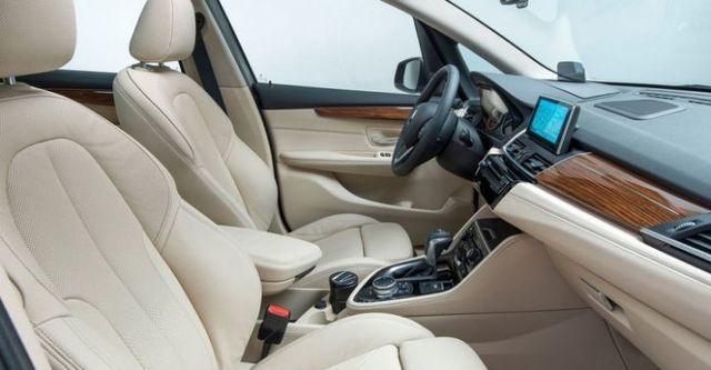 2016 BMW 2-Series Active Tourer 218i  第6張相片