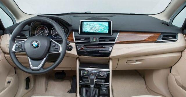 2016 BMW 2-Series Active Tourer 220i  第7張相片