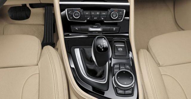 2016 BMW 2-Series Active Tourer 220i  第8張相片