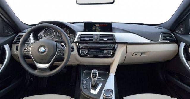 2016 BMW 3-Series Sedan 318d  第8張相片