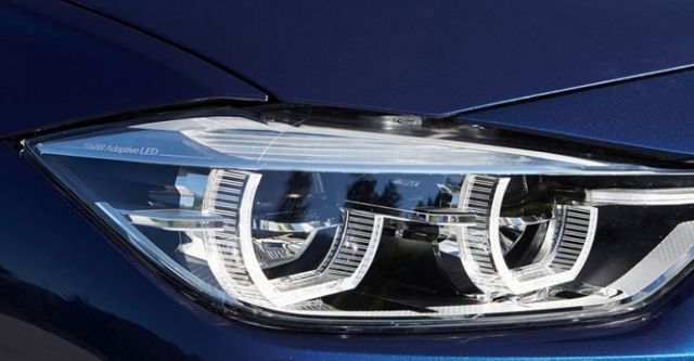2016 BMW 3-Series Touring 330i M Sport  第5張相片