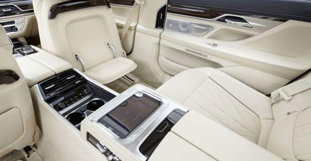 2016 BMW 7-Series 740Li Luxury  第7張相片