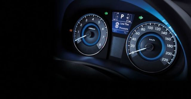 2016 Hyundai Verna 1.6雅緻型時尚款  第10張相片