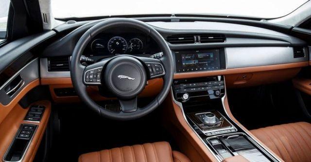 2016 Jaguar XF Prestige 35t  第9張相片