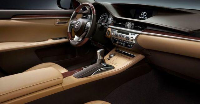 2016 Lexus ES 200旗艦版  第6張相片