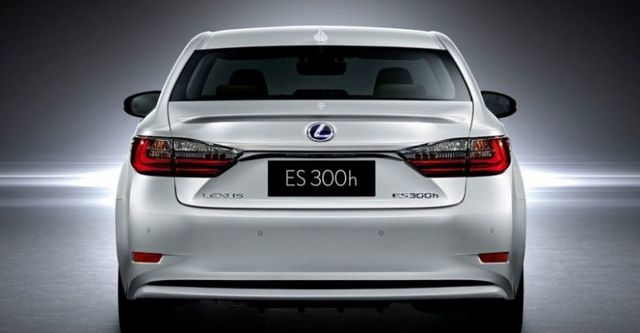 2016 Lexus ES 300h旗艦版  第3張相片