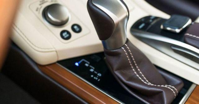 2016 Lexus ES 300h豪華版  第9張相片