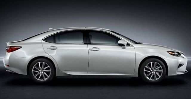 2016 Lexus ES 300h頂級Navi版  第3張相片