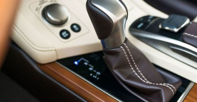 2016 Lexus ES 300h頂級Navi版  第8張相片