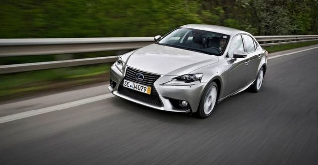 2016 Lexus IS 200t頂級Navi版  第4張相片