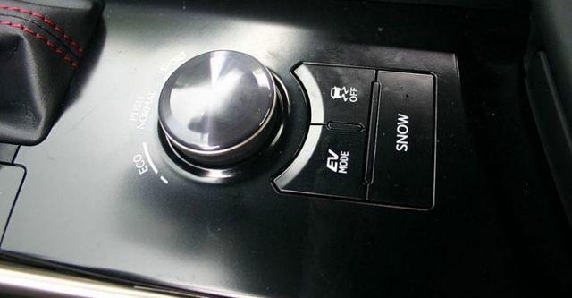 2016 Lexus IS 300h F Sport Navi版  第6張相片