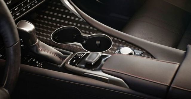 2016 Lexus RX 450h旗艦版  第7張相片